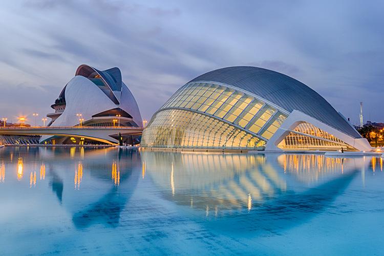 ICB TRAVELS PEÑÍSCOLA. Excursiones, viajes turísticos a Valencia